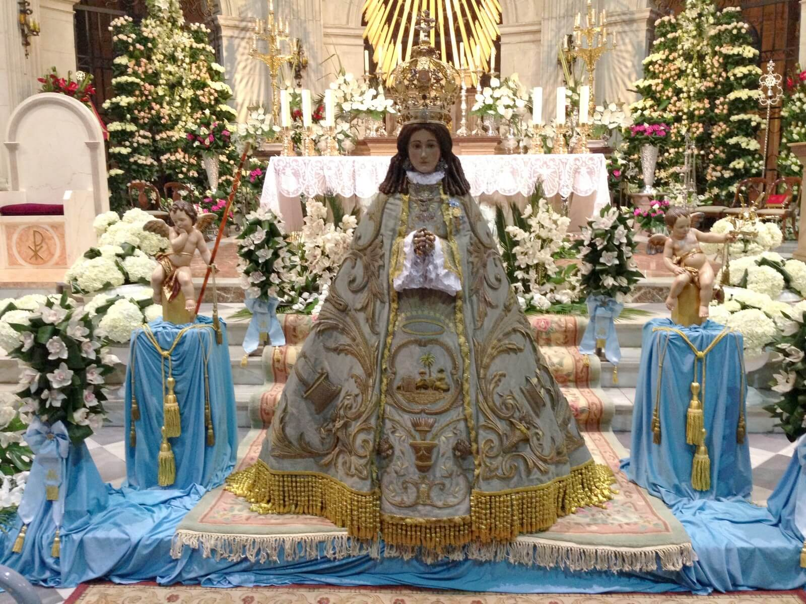 nuestra Señora la Virgen del Castillo